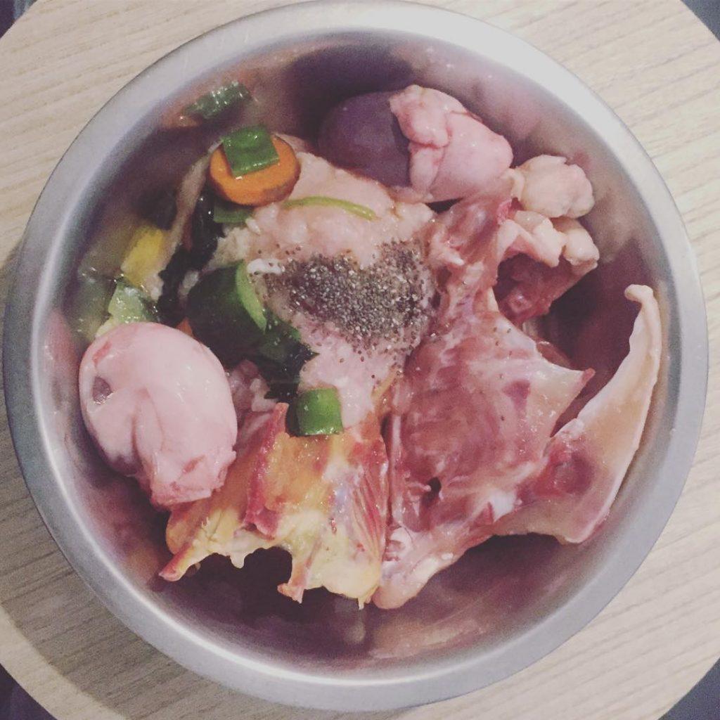 alimentos incluidos en la dieta barf
